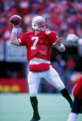 15 Nov 1997: Quarterback Scott Frost #7 of Nebraska sets to throw a pass during the Cornhuskers 77-14 win over Iowa State at Memorial Stadium in Lincoln, Nebraska.