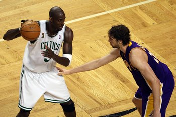 BOSTON - JUNE 17:  Kevin Garnett #5 of the Boston Celtics posts up Pau Gasol #16 of the Los Angeles Lakers in Game Six of the 2008 NBA Finals on June 17, 2008 at TD Banknorth Garden in Boston, Massachusetts. NOTE TO USER: User expressly acknowledges and a