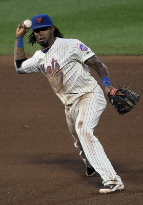 NEW YORK - AUGUST 14:  Jose Reyes #7 of the New York Mets in action against the Philadelphia Phillies on August 14, 2010 at Citi Field in the Flushing neighborhood of the Queens borough of New York City.  (Photo by Jim McIsaac/Getty Images)