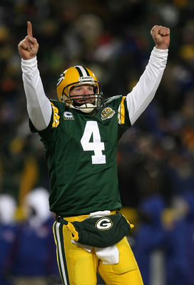 Brett Favre Drives The Packers To Another Score