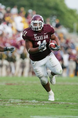 COLLEGE STATION, TX - OCTOBER 14:  Running back Jorvorskie Lane #11 of the Texas A&M Aggies carries the ball against the Missouri Tigers at Kyle Field on October 14, 2006 in College Station, Texas. Texas A&M won 25-19. (Photo by Ronald Martinez/Getty Imag