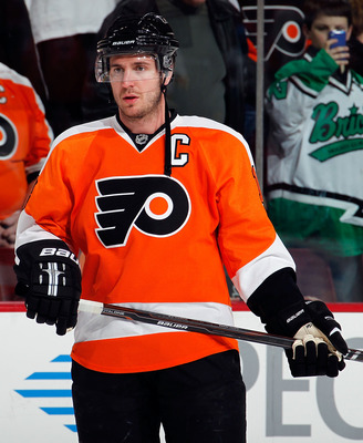 PHILADELPHIA, PA - MARCH 22:  Mike Richards #18 of the Philadelphia Flyers waits during warmups before an NHL hockey game against the Washington Capitals at the Wells Fargo Center on March 22, 2011 in Philadelphia, Pennsylvania.  (Photo by Paul Bereswill/