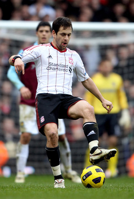 LONDON, ENGLAND - FEBRUARY 27:  Joe Cole of Liverpool during the Barclays Premier League match between West Ham United and Liverpool at the Boleyn Ground on February 27, 2011 in London, England.  (Photo by Scott Heavey/Getty Images)