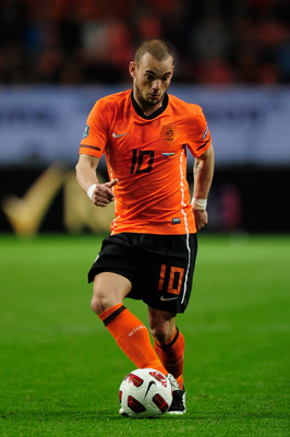 AMSTERDAM, NETHERLANDS - MARCH 29:  Wesley Sneijder of the Netherlands in action during the Group E, EURO 2012 Qualifier between Netherlands and Hungary at the Amsterdam Arena on March 29, 2011 in Amsterdam, Netherlands.  (Photo by Jamie McDonald/Getty Im