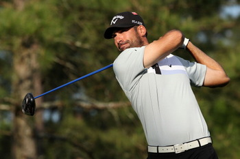 AUGUSTA, GA - APRIL 07:  Alvaro Quiros of Spain hits his tee shot on the 15th hole during the first round of the 2011 Masters Tournament at Augusta National Golf Club on April 7, 2011 in Augusta, Georgia.  (Photo by Andrew Redington/Getty Images)