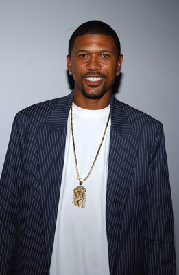 NEW YORK - SEPTEMBER 13:  Basketball star Jalen Rose attends the Y-3 Spring 2006 fashion show during Olympus Fashion Week on September 13, 2005 in New York City.  (Photo by Bryan Bedder/Getty Images)