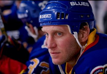 22 Mar 1998:  Rightwinger Brett Hull of the St. Louis Blues in action during a game against the Calgary Flames at the Saddledome in Calgary, Alberta Canada. The Flames defeated the Blues 5-4. Mandatory Credit: Ian Tomlinson  /Allsport