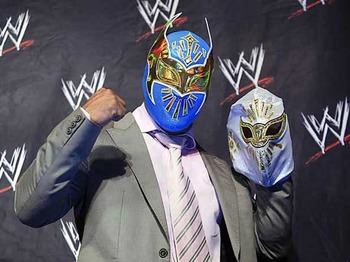 Sin-cara-mistico-wwe_display_image