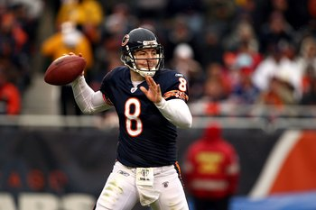 CHICAGO - NOVEMBER 09:  Rex Grossman #8 of the Chicago Bears throws a pass against the Tennessee Titans at Soldier Field on November 9, 2008 in Chicago, Illinois. The Titans won 21-14.  (Photo by Jonathan Ferrey/Getty Images)