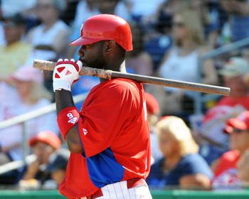 CLEARWATER, FL - FEBRUARY 27:  Infielder Ryan Howard #6 of the Philadelphia Phillies waits to bat against the New York Yankees February 27, 2011 at Bright House Field in Clearwater, Florida.  (Photo by Al Messerschmidt/Getty Images)