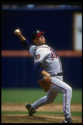 7 Apr 1994: Pitcher Steve Avery of the Atlanta Braves throws the ball during a game against the San Diego Padres at Jack Murphy Stadium in San Diego, California.