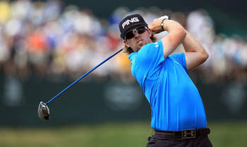 ORLANDO, FL - MARCH 27:  Hunter Mahan of the USA plays his tee shot on the 16th hole during the final round of the 2011 Arnold Palmer Invitational presented by Mastercard at the Bay Hill Lodge and Country Club on March 27, 2011 in Orlando, Florida.  (Phot