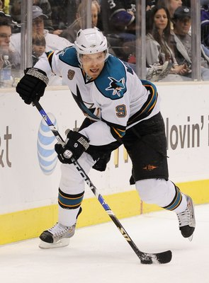 LOS ANGELES, CA - APRIL 11:  Milan Michalek #9  of the San Jose Sharks looks to pass against the Los Angeles Kings during the third period of the hockey game on Aptil 11, 2009 on April 11, 2009 at the Staples Center in Los Angeles, California.  (Photo by
