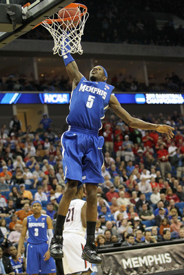 TULSA, OK - MARCH 18:  Will Barton #5 of the Memphis Tigers goes up to dunk the ball against the Arizona Wildcats during the second round game of the 2011 NCAA men's basketball tournament at BOK Center on March 18, 2011 in Tulsa, Oklahoma.  (Photo by Rona