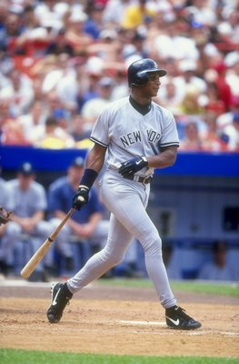 26 Jun 1998:   Darryl Strawberry #39 of the New YorkYankees drops his bat during a Interleague game against the New York Mets at Shea Stadium in Flushing ,New York. The Yankees defeated teh Mets 7-2Mandatory Credit: David Seelig  /Allsport