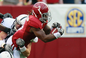 Michael Mauti (shown making a tackle against Alabama) could be the leader of the linebackers.