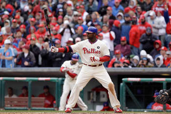 PHILADELPHIA, PA - APRIL 01:  Batter Ryan Howard #6 of the Philadelphia Phillies against the Houston Astros during opening day at Citizens Bank Park on April 1, 2011 in Philadelphia, Pennsylvania.  (Photo by Rob Carr/Getty Images)