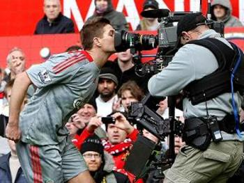 Gerrard kissing the camera is something the Liverpool fans still remember about this game.