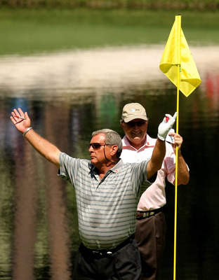 Few golfers enjoy rapport with the fans like Fuzzy Zoeller.