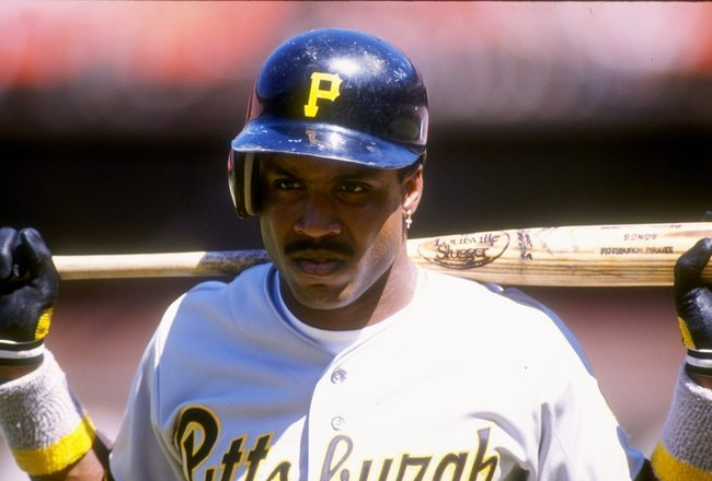 1991:  Left fielder Barry Bonds of the Pittsburgh Pirates stands on the field during a a game against the San Francisco Giants at Candlestick Park in San Francisco, California. Mandatory Credit: Otto Greule  /Allsport