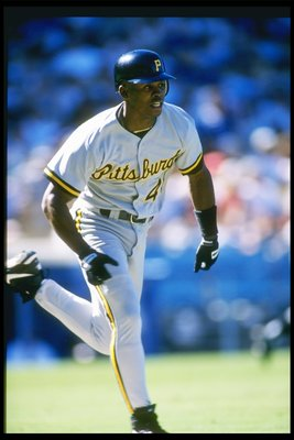 8 Sep 1996:  Center fielder Jermaine Allenworth of the Pittsburgh Pirates runs to a base during a game against the Los Angeles Dodgers at Dodger Stadium in Los Angeles, California.  The Pirates won the game 4-1. Mandatory Credit: Todd Warshaw  /Allsport