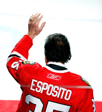 CHICAGO - FEBRUARY 10: Former Chicago Blackhawk Tony Esposito waves to the crowd before a game between the Blackhawks and the Dallas Stars at the United Center on February 9, 2010 in Chicago, Illinois. (Photo by Jonathan Daniel/Getty Images)