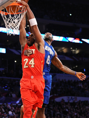 LOS ANGELES, CA - FEBRUARY 20:  Kobe Bryant #24 of the Los Angeles Lakers and the Western Conference dunks in front of LeBron James #6 of the Miami Heat and the Eastern Conference in the second half of the 2011 NBA All-Star Game at Staples Center on Febru