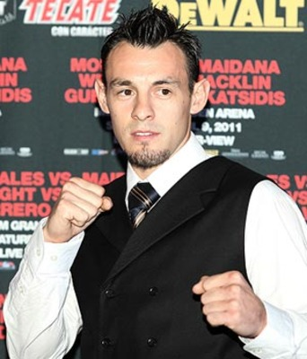 Robert-guerrero-to-fight-michael-katsidis_display_image