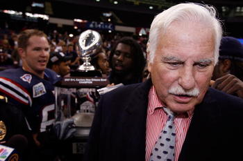 NEW ORLEANS - DECEMBER 21:  Head coach Howard Schnellenberger of the Florida Atlantic University Owls is interviewed after defeating the Memphis University Tigers in the New Orleans Bowl on December 21, 2007 at the Louisiana Superdome in New Orleans, Loui