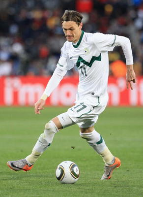 JOHANNESBURG, SOUTH AFRICA - JUNE 18:  Milivoje Novakovic of Slovenia in action during the 2010 FIFA World Cup South Africa Group C match between Slovenia and USA at Ellis Park Stadium on June 18, 2010 in Johannesburg, South Africa.  (Photo by David Canno