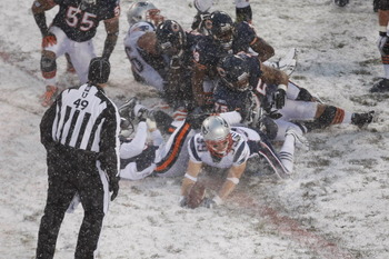 CHICAGO, IL - DECEMBER 12: Danny Woodhead #39 of the New England Patriots scores a touchdown as he crosses the goal line against the Chicago Bears at Soldier Field on December 12, 2010 in Chicago, Illinois. The Patriots defeated the Bears 36-7. (Photo by