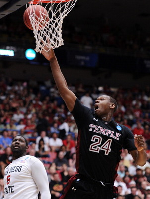 TUCSON, AZ - MARCH 19:  Lavoy Allen #24 of the Temple Owls shoots over Brian Carlwell #5 of the San Diego State Aztecs during the third round of the 2011 NCAA men's basketball tournament at McKale Center on March 19, 2011 in Tucson, Arizona.  (Photo by Ha