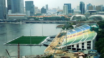 Marina_bay_floating_stadium_021_display_image