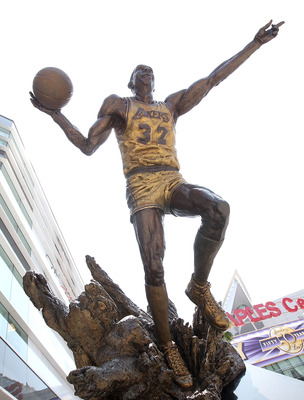LOS ANGELES, CA - JUNE 03:  A statue of legendary Lakers' player Magic Johnson is shown outside of the Staples Center before the game between the Boston Celtics and the Los Angeles Lakers in Game One of the 2010 NBA Finals on June 3, 2010 in Los Angeles,