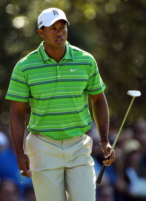 AUGUSTA, GA - APRIL 07:  Tiger Woods walks onto the first green during the first round of the 2011 Masters Tournament at Augusta National Golf Club on April 7, 2011 in Augusta, Georgia.  (Photo by Jamie Squire/Getty Images)