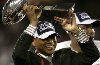 GLENDALE, AZ - FEBRUARY 03:  General Manager Jerry Reese of the New York Giants holds the Vince Lombardi Trophy after defeating the New England Patriots 17-14 in Super Bowl XLII on February 3, 2008 at the University of Phoenix Stadium in Glendale, Arizona