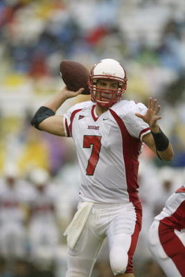 CHAPEL HILL, NC - AUGUST 31:  Quarterback Ben Roethlisberger #7 of the Miami of Ohio Redhawks passes the ball during the NCAA football game against the UNC Tar Heels at Kenan Stadium in Chapel Hill, North Carolina  on August 31, 2002.  The Miami of Ohio R