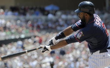 MINNEAPOLIS, MN - JUNE 30:  Denard Span #2 of the Minnesota Twins bats in the third inning against the Detroit Tigers during their game on June 30, 2010 at Target Field in Minneapolis, Minnesota. (Photo by Hannah Foslien /Getty Images)