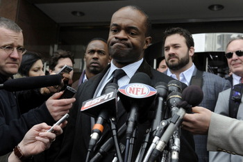 WASHINGTON, DC - MARCH 11:  NFL Players Association Executive Director DeMaurice Smith (C) speaks as he and a group of player representatives arrive for labor talks at the Federal Mediation and Conciliation Service building March 11, 2011 in Washington, D