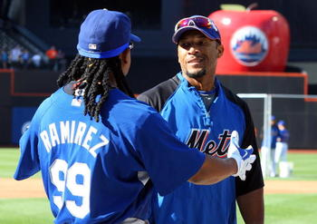 NEW YORK - JULY 08:  Manny Ramirez #99 of the Los Angeles Dodgers talks with Gary Sheffield #10 of the New York Mets during batting practice on July 8, 2009 at Citi Field in the Flushing neighborhood of the Queens borough of New York City.  (Photo by Jim