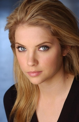 Ashley-benson_resimleri_20_display_image