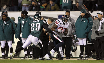PHILADELPHIA, PA - DECEMBER 02:  Andre Johnson #80 of the Houston Texans runs for yards after the catch against Nate Allen #29 of the Philadelphia Eagles at Lincoln Financial Field on December 2, 2010 in Philadelphia, Pennsylvania.  (Photo by Jim McIsaac/