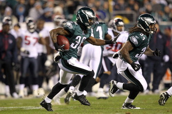 PHILADELPHIA, PA - DECEMBER 02:  Jorrick Calvin #38 of the Philadelphia Eagles returns a kcikoff against the Houston Texans at Lincoln Financial Field on December 2, 2010 in Philadelphia, Pennsylvania.  (Photo by Al Bello/Getty Images)
