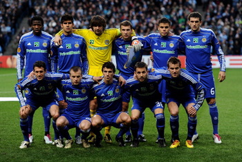 MANCHESTER, ENGLAND - MARCH 17: Dynamo Kiev line up prior to the UEFA Europa League round of 16 second leg match between Manchester City and Dynamo Kiev at City of Manchester Stadium on March 17, 2011 in Manchester, England.  (Photo by Laurence Griffiths/