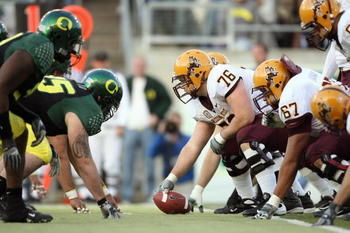 EUGENE, OR - NOVEMBER 03: Center Mike Pollack #76 of the Arizona State Sun Devils gets ready to hike the ball during the game against the Oregon Ducks at Autzen Stadium on November 3, 2007 in Eugene, Oregon. The Ducks defeated the Sun Devils 35-23. (Photo