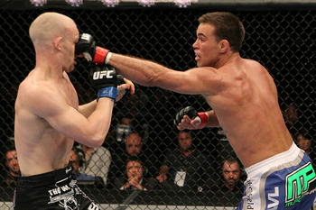 Ufc121_10_shields_vs_kampmann_004_original_display_image