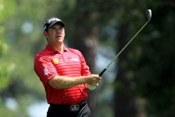 AUGUSTA, GA - APRIL 10:  Lee Westwood of England watches his tee shot on the fourth hole during the final round of the 2011 Masters Tournament on April 10, 2011 in Augusta, Georgia.  (Photo by David Cannon/Getty Images)