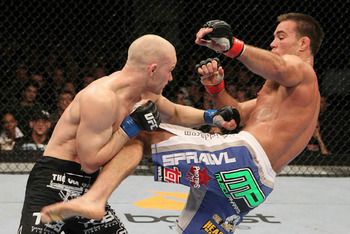 Ufc121_10_shields_vs_kampmann_006_display_image