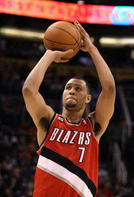 PHOENIX - DECEMBER 10:  Brandon Roy #7 of the Portland Trail Blazers shoots a free throw shot during the NBA game against the Phoenix Suns at US Airways Center on December 10, 2010 in Phoenix, Arizona. The Trail Blazers defeated the Suns 101-94.  NOTE TO