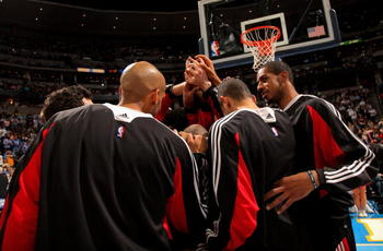 DENVER - MARCH 05:  The Portland Trail Blazers huddle prior to facing the Denver Nuggets during NBA action at the Pepsi Center on March 5, 2009 in Denver, Colorado. The Nuggets defeated the Trail Blazers 106-90. NOTE TO USER: User expressly acknowledges a